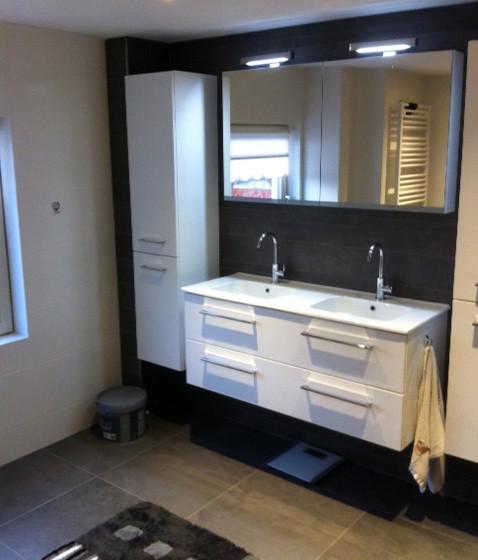 Opgeleverde badkamer Brakel foto 1
